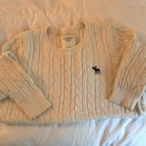 Abercrombie & Fitch ivory cable knit sweater